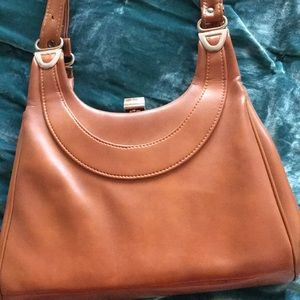 Vintage 70s brown leather handbag